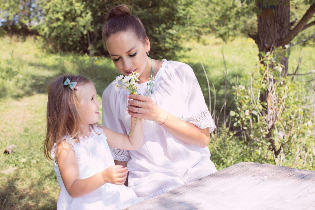 Фотосессии малышей и мам на природе