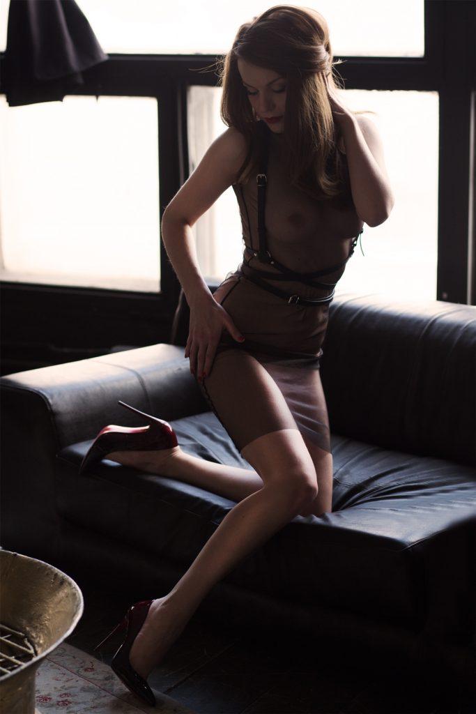 Художественная эротическая фотосессия